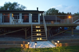 Deck-with-Solar-Lights-On